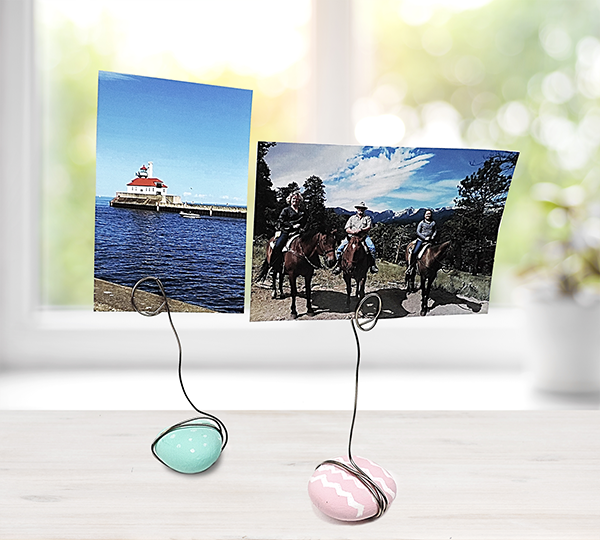 We're Crushing On: DIY Rock Picture Holders