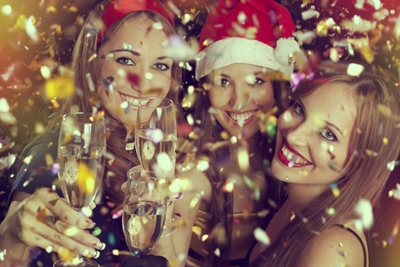 Do's and don'ts of throwing a New Year's Eve party